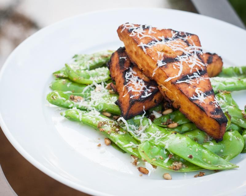 Grilled Sriracha Tofu Steaks & Sauteed Garlic Snow Peas | Pink Troll ...